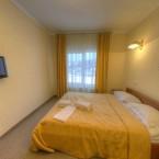 2 месный эконом отельный комплекс Буковель 05