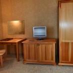 3 месный полулюкс отельный комплекс Буковель 03